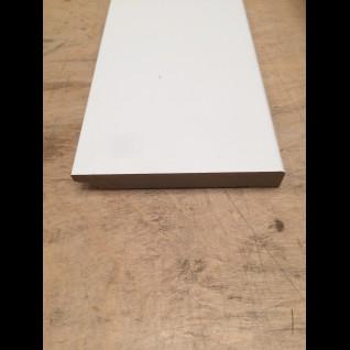MDF plint, Wit gegrond,12 x 90 mm.